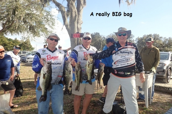 a-big-bag-2228BF504-3AD0-9750-65C7-85202B67E9B6.jpg