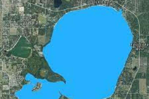 lake-weirBD374FC7-9CDD-B317-DE71-981B5540E022.jpg