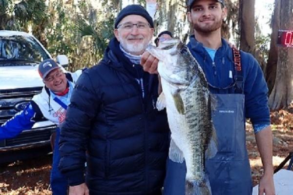 big-fish-5-78-lbs-lunker678330D4-85BC-D32C-6034-E14A290CB77E.jpg
